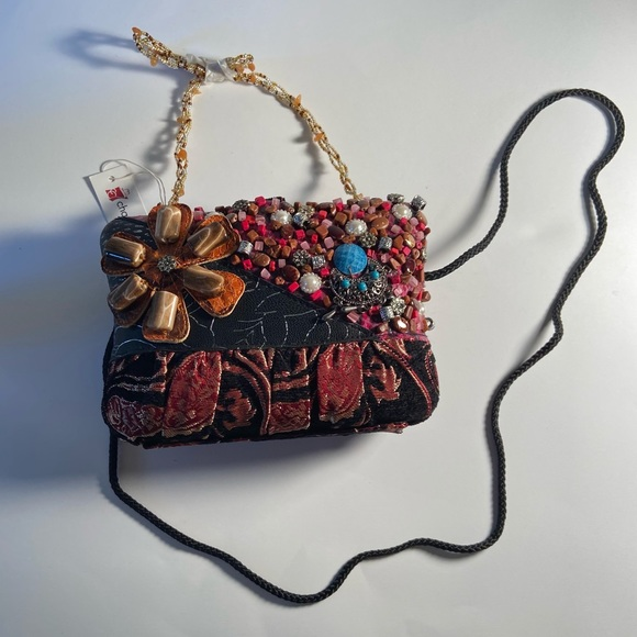 Beaded Charming Charlie handbag, with straps!